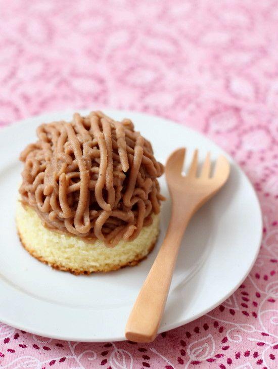 Mont Blanc Cake モンブラン (Japanese Chestnut cake)