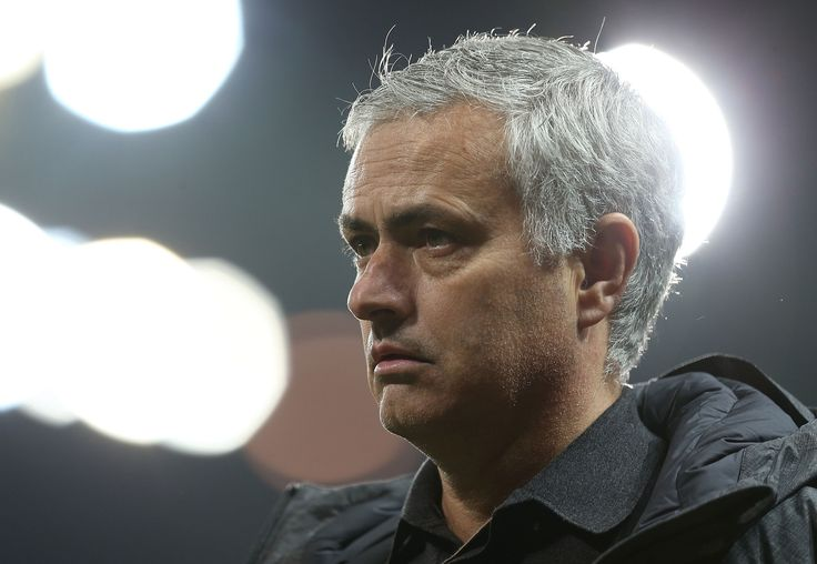 Team news for United's trip to Chelsea - Official Manchester United Website