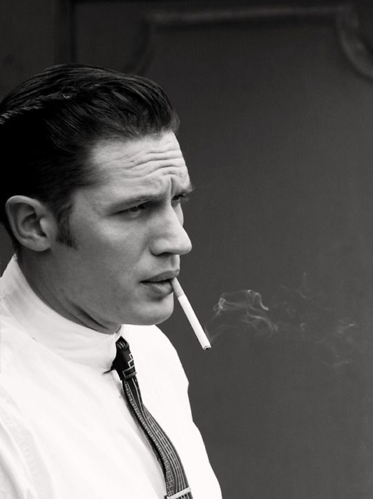 Tom Hardy - Legend