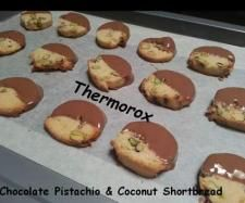 Recipe Chocolate Pistachio & Coconut Shortbread by Thermorox Sharon - Recipe of category Baking - sweet