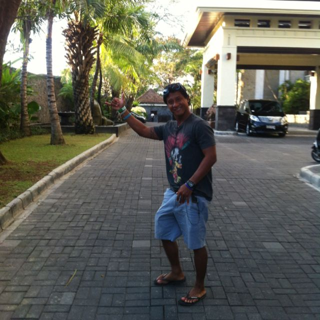 Pick up the Client, ready for surf trip and a lot of fun. http://www.balisurfwaves.com/