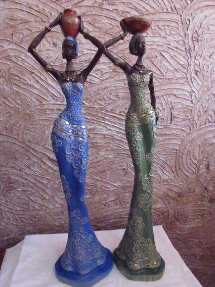 Estátua africana em gesso, com técnica de pintura consulte-nos!