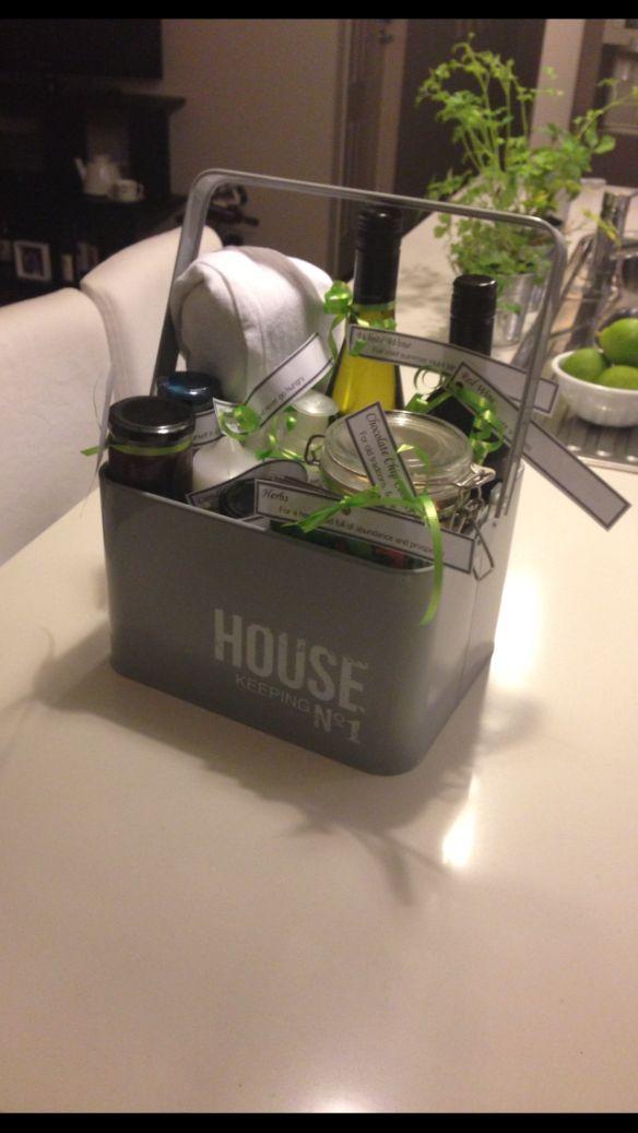 Productidee cadeauset thema 'nieuw huis' of 'housewarming'. Inhoud en vorm aanpassen.