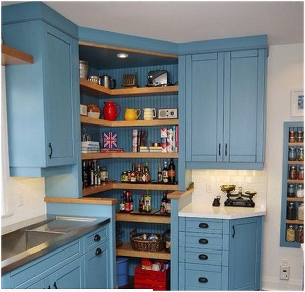 Угловой кухонный шкаф, угловая кладовая