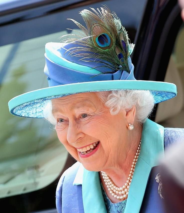 "GOOD QUEEN ELIZABETH……SMART AS A WHIP…….ALWAYS FAIR…….WHAT A WONDERFUL ""RULER""…………ccp"