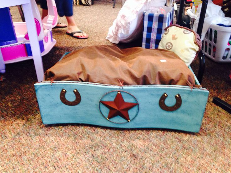 13 Best Homemade Dog Beds Images On Pinterest Homemade Dog Bed Doggies And Dog Accessories