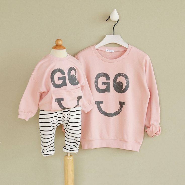 Family Look matching Mother and Daughter clothes Christmas Sweatshirts for girl Cotton T-shirt Kids hoodies for girl smile face