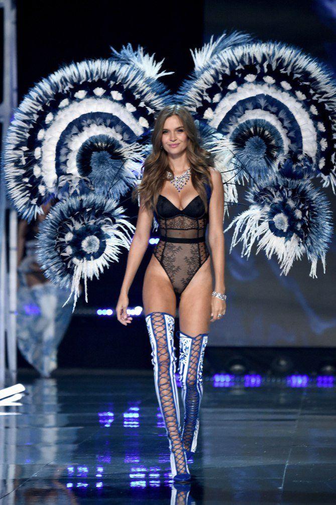 0388a86e0fb4b Josephine Skriver - click through to see more photos of the 2017 Victoria s  Secret fashion show in Shanghai!
