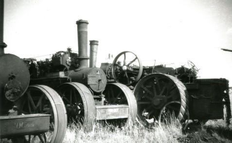 centre engine is Aveling & Porter 8hp ZTD of 1918