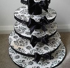 Damask Cake/Cupcake stand - maybe minus the bows? they might be a bit much