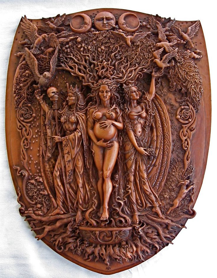 ✯ Celtic, Norse, and Pagan Maiden Mother Crone Triple Goddess Wood Finish Wall…