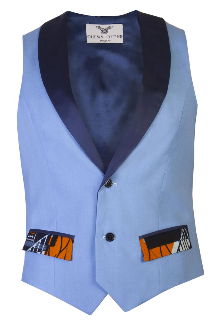 Fitted Men's African print waistcoat, shawl collar, 2 button, fully lined. Contrast printed back with buckle adjustable tie I'm truly special…Dry clean only please- Check out our list of recommended cleaners on the 'CARE' page Matching items available- Josuha blazer, Jamie shorts and Osei fitted skinny leg trousers 50% Cotton, [...]