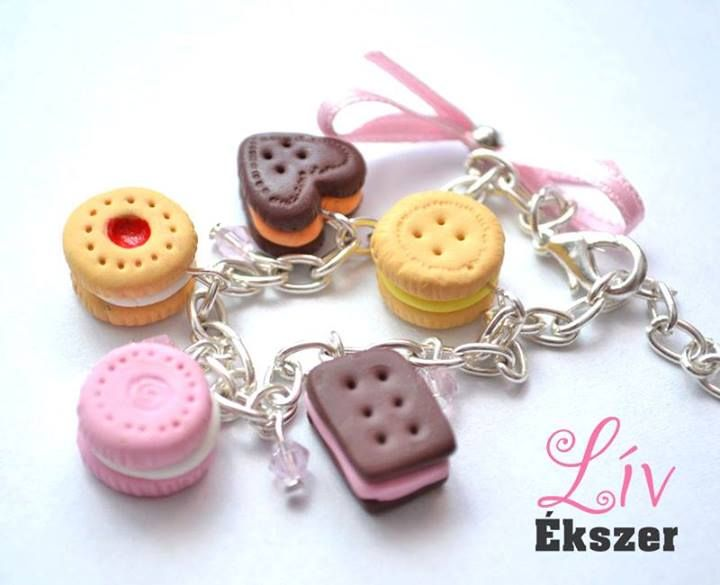 Bracelet with yummy cookies