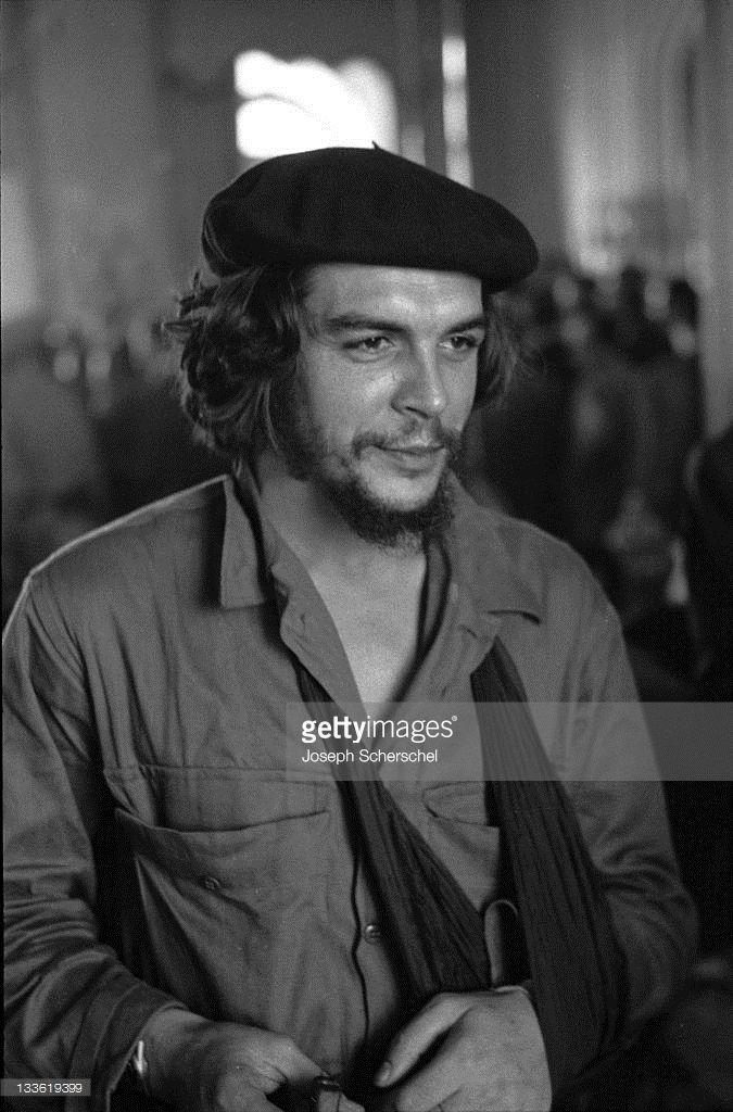 closeup-of-argentinianborn-cuban-revolutionary-ernesto-che-guevara-picture-id133619399 (675×1024)