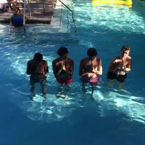 The fooo in a pool shirtless!!!