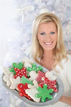 Sandra Lee shares her favorite holiday cookie recipes.