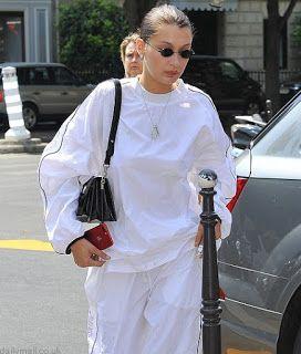 海外セレブスナップ | Celebrity Style: 【ベラ・ハディッド】唇うるうるでパリに到着の90年代風ストリートスタイルのベラ!