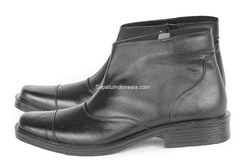 Sepatu pria G 0163 adalah sepatu pria yang nyaman dan elegan....