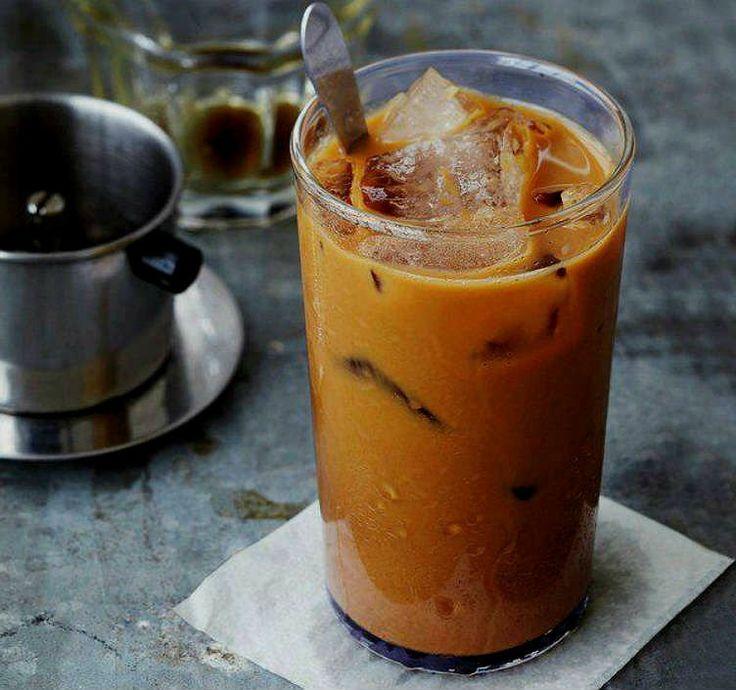 Café helado vietnamita, si te gusta el café bombón, disfrutarás del café vietnamita porque tiene bastante parecido. Te contamos cómo imitar