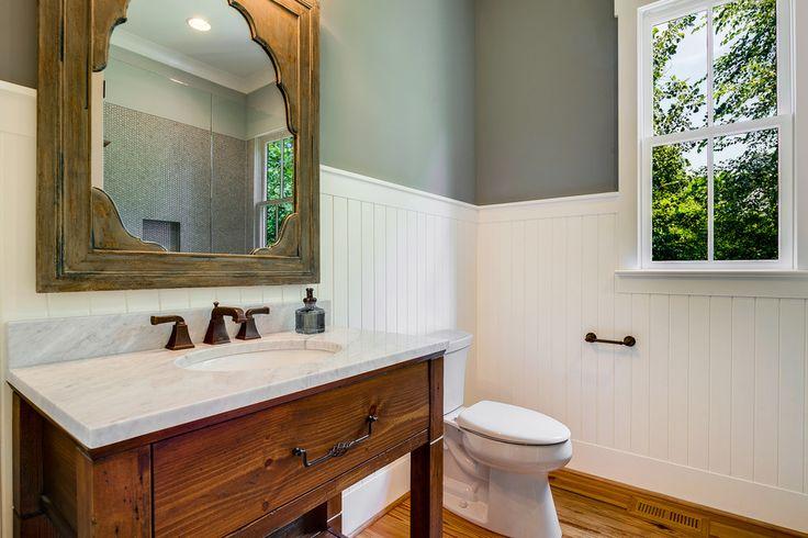 Image of: Rustic Beadboard Bathroom Vanity