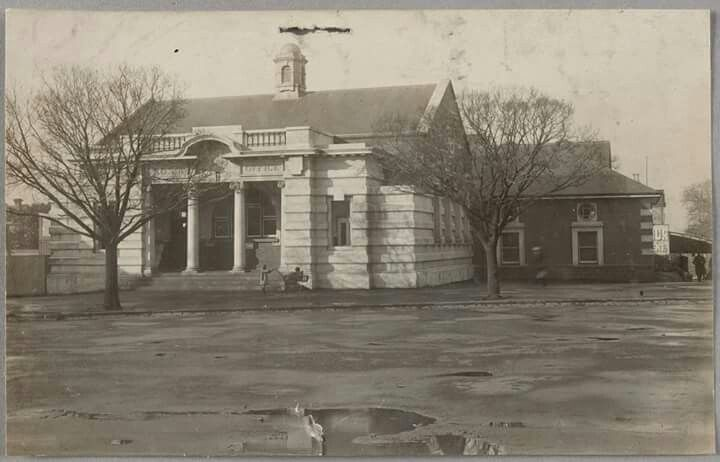 South Melbourne Post Office in 1912.Now Emerald Hill Library.Photo from State Library ofvVictoria.A♥W