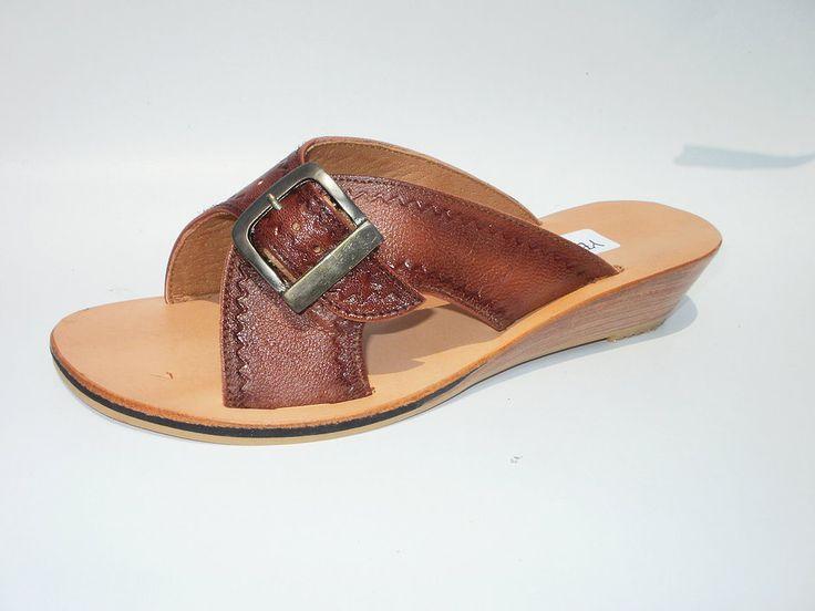 Sandalia de cuero de chivo repujada modelo evillon #sandals #madeinperu #leather #stely #moda #peru #cuero #sandalia #shoes #summer