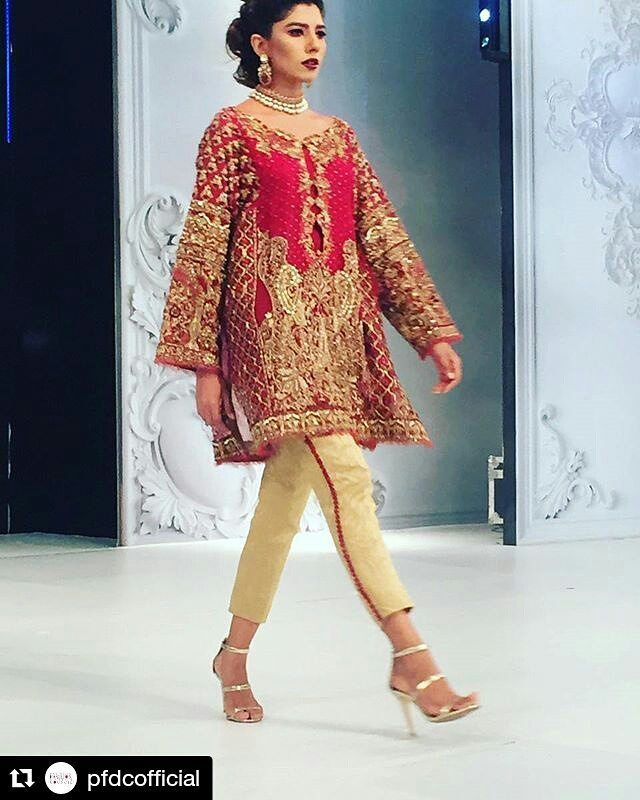 #Repost @pfdcofficial with @repostapp ・・・ Loving that Kameez! @farahandfatima #PLBW16 #ShahnoorCollection