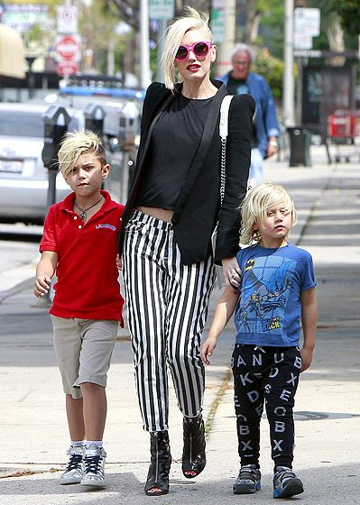 Gwen Stefani being the coolest mom ever. I will always have love for Gwen...she's killing it with this outfit.