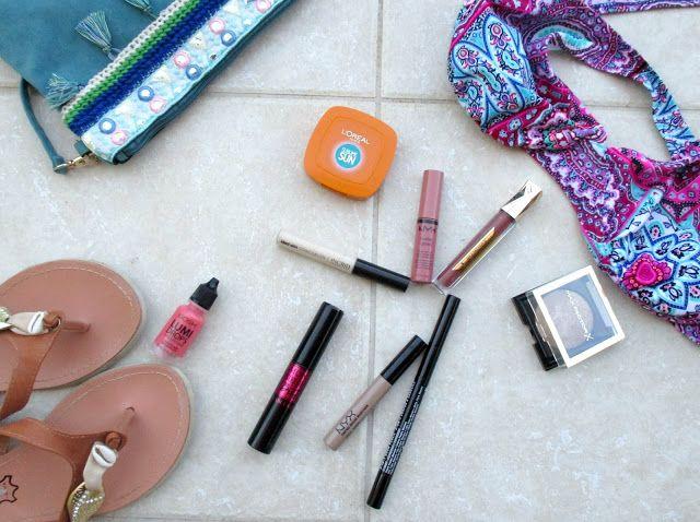 Έχει καύσωνα; 5  1 προϊόντα μακιγιάζ ιδανικά για τις καυτές μέρες του καλοκαιριού http://ift.tt/2w8UCSM  #edityourlifemag