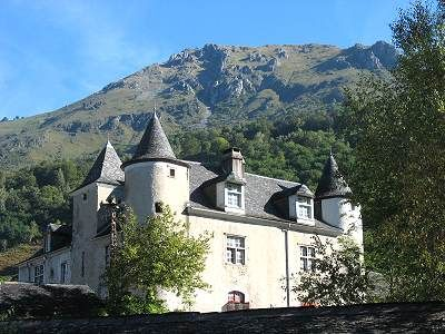 Le château Lasalle à Bedous - Vallée d'Aspe, Pyrénées Atlantique