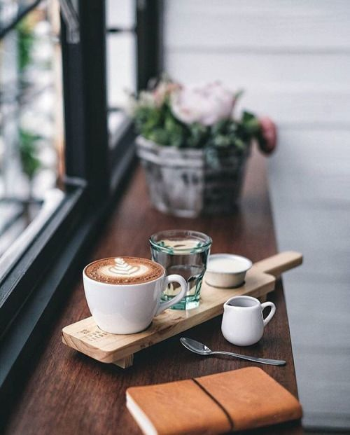 I would love to spend all day at this coffee shop just watching people come and go and enjoy a long break