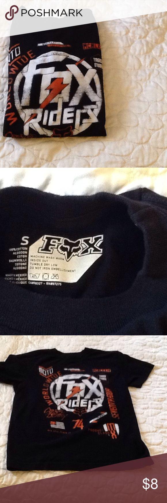 Boys Fox shirt Boys Fox shirt. Like new Fox Shirts & Tops Tees - Short Sleeve