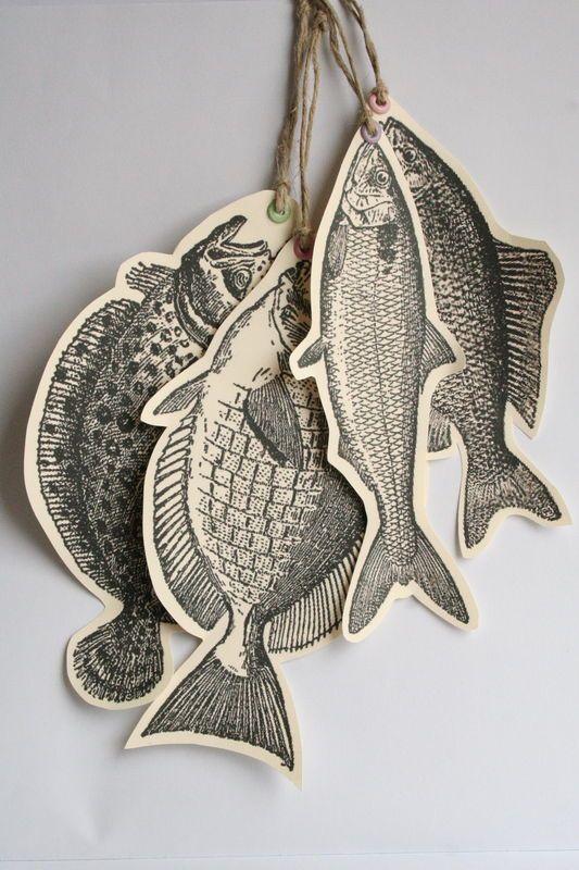 1. 2. 3. Le 1er Avril, ... Journée Internationale pour ne pas se prendre au sérieux! 1.poissons découpés en vue d'une partie de fou...