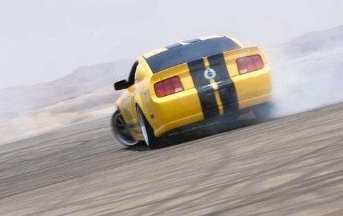 05'' Mustang GT...Drifting