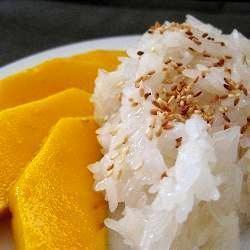 Mango and sticky rice @ allrecipes.asia