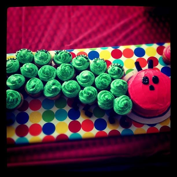 Very Hungry Caterpillar Cake & Cupcakes: Devon Bday, Hungry Caterpillar Cake, Cake Cupcakes, Caterpillar Cake Ideas, Bday Ideas, Harpers 1St, Caterpillar Birthday Cake, Isa Bday, Graem S Bday