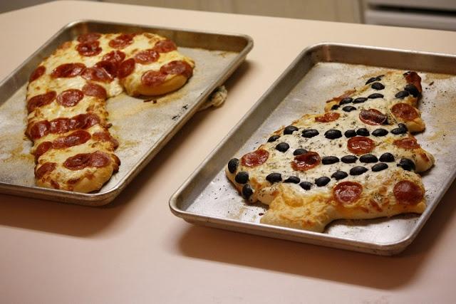 delia creates: Christmas Pizza