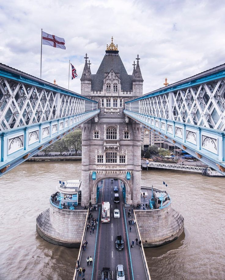 Tower Bridge London | bat eye inspiration #luxuryfurniture #bateye #londoncollection #citiestellstories