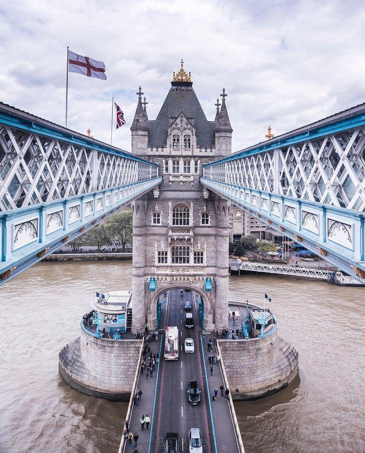 Tower Bridge London | bat eye inspiration #luxuryfurniture #bateye #londoncollection #citiestellstories