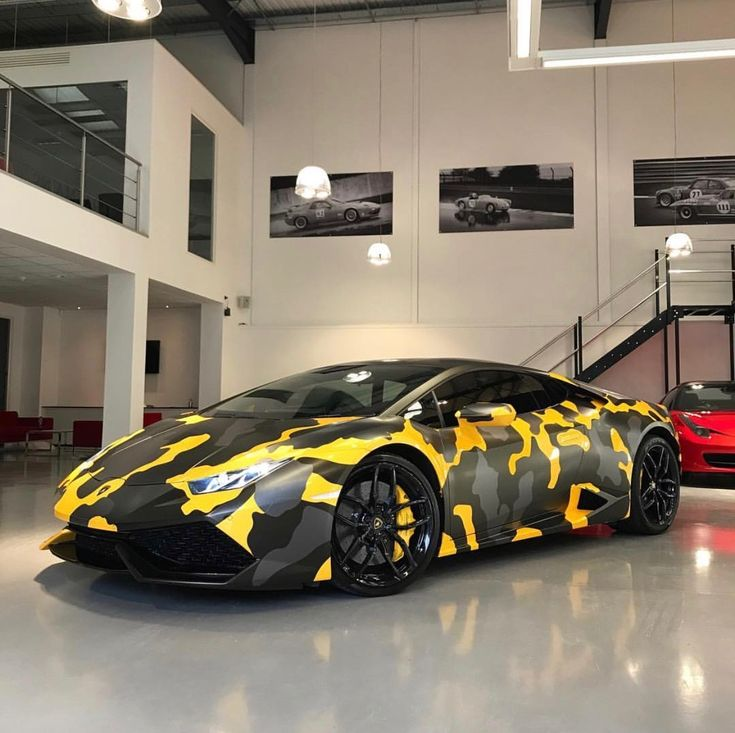 Lamborghini Huracan painted in Giallo Midas w/ a Satin Grey & Black camo wrap Photo taken by: @ferraghini_performance_cars on Instagram