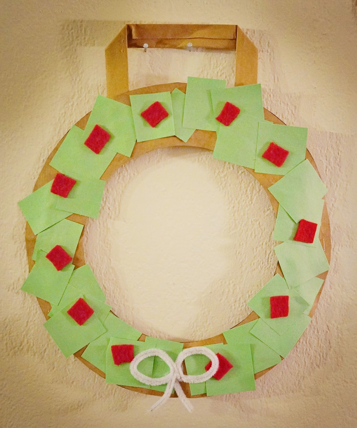 25 days of Kid's Christmas Crafts-- Recycled Wreath