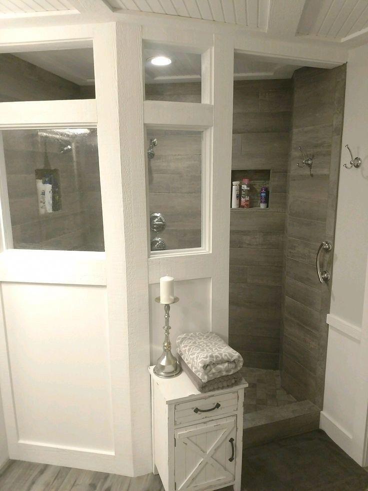 33 Awesome Master Bathroom Remodel Ideas Autoblogsamurai Com Masterbathroom Bathroom Bathroomd In 2020 Bathrooms Remodel Bathroom Remodel Master Small Bathroom