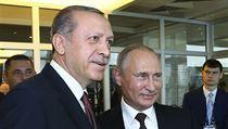 Po sestřelení stíhačky se Rusko a Turecko ignorovali. Proč jsou Putin a Erdogan zase přátelé?