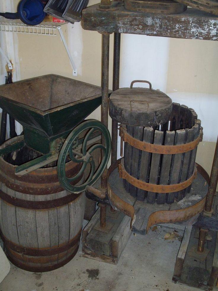 Vintage/Antique Wine Fruit Apple Crusher Press Barrel Baccellieri Philadelphia