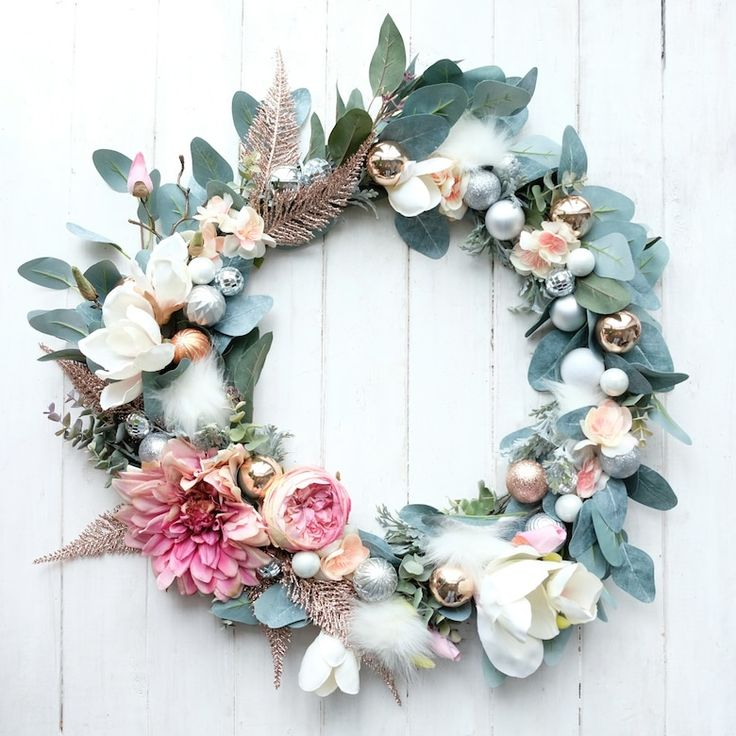 The prettiest DIY faux floral wreath to make now and enjoy for years | DIY wreath, holiday wreath, faux wreath, Christmas wreath, how to make a wreath, holiday decorations, holiday decor, DIY Christmas decorations, holiday decorating inspo, holiday decorating ideas, do it yourself