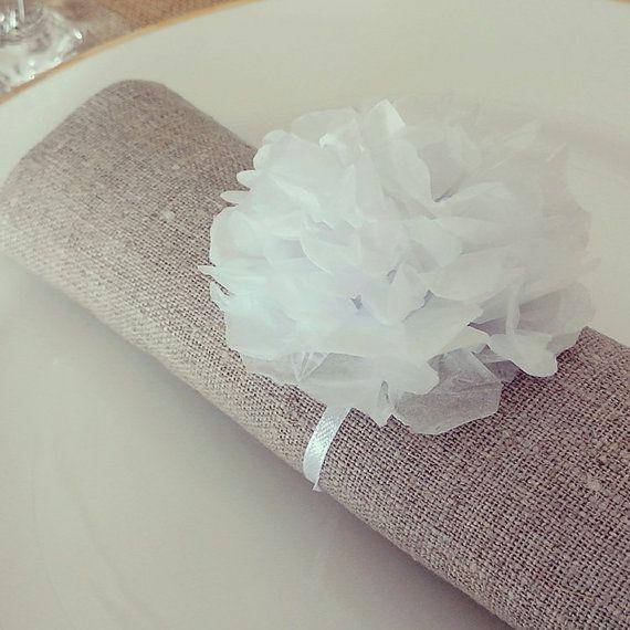 5 Ronds de serviettes pompom papier blanc pour par Saveyourdeco, €8.50
