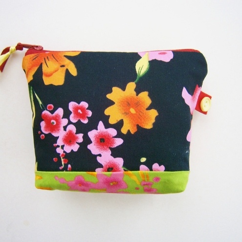 Cute Little Flowery Purse £2.50