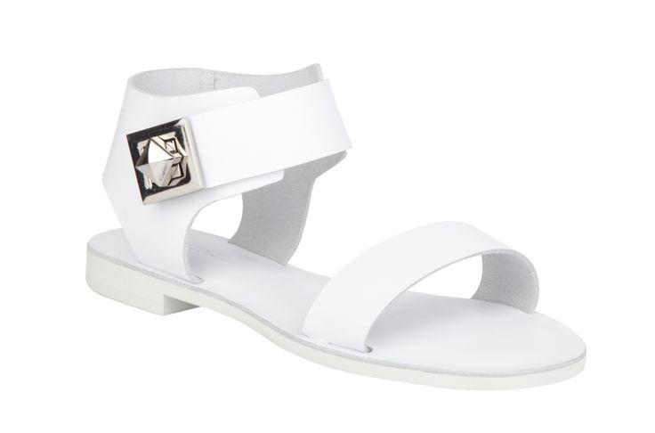 Mi Piaci Geisha $210 http://www.mipiaci.co.nz/product-display-87.aspx?CategoryId=0&ProductId=5322&Colour=White