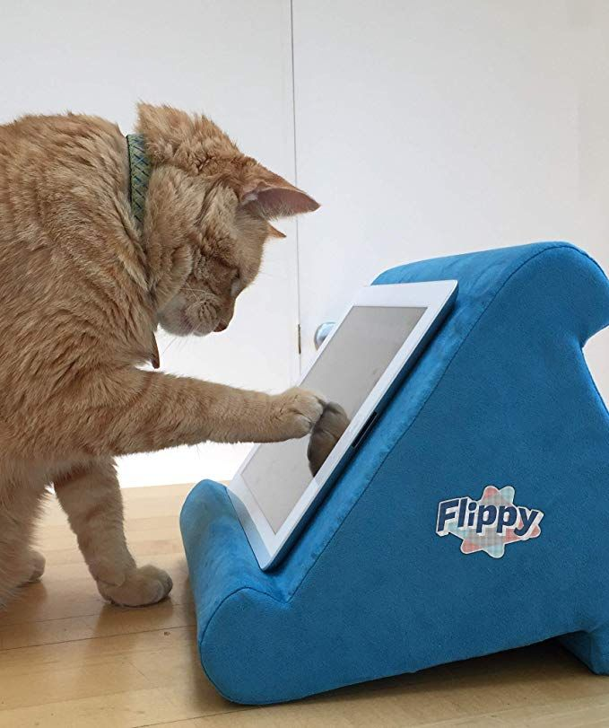 8975d15f18bf Amazon.com: Flippy Multi-Angle Soft Pillow Lap Stand for iPads ...