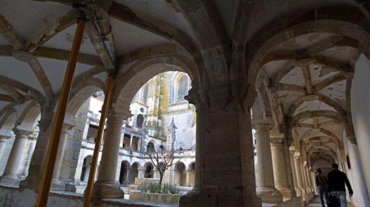 DGPC quer reabilitar e abrir ao público Castelo Templário de Tomar